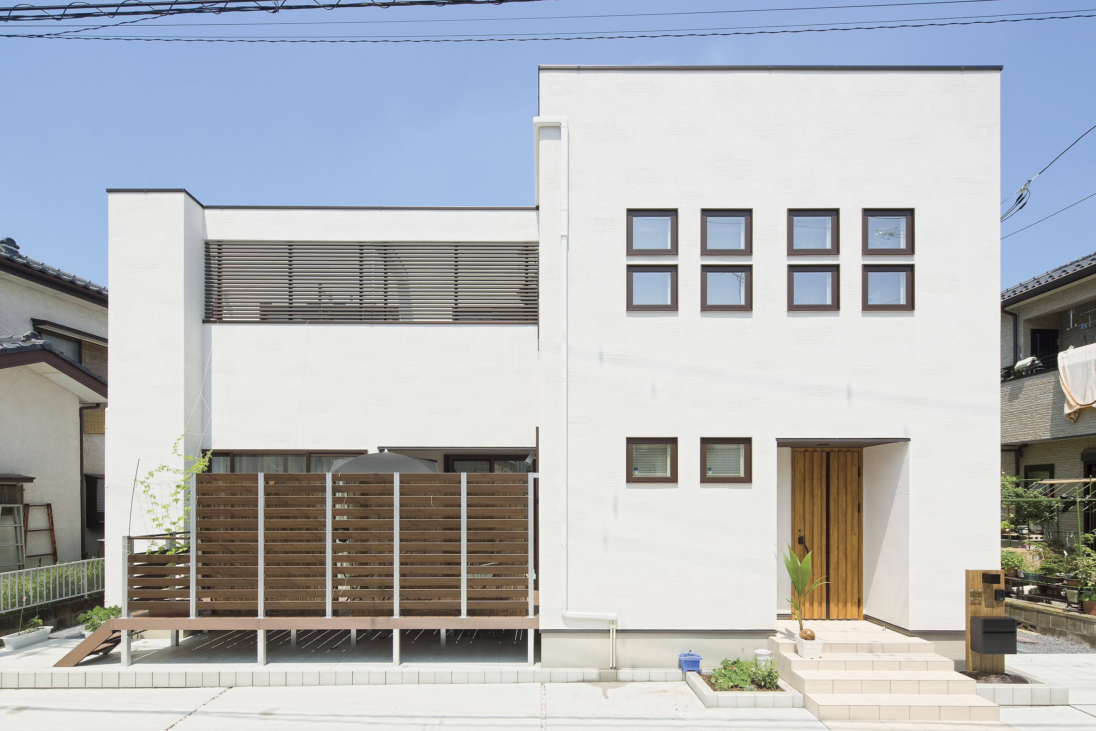 スクエアな住宅の外観_埼玉県建築実例