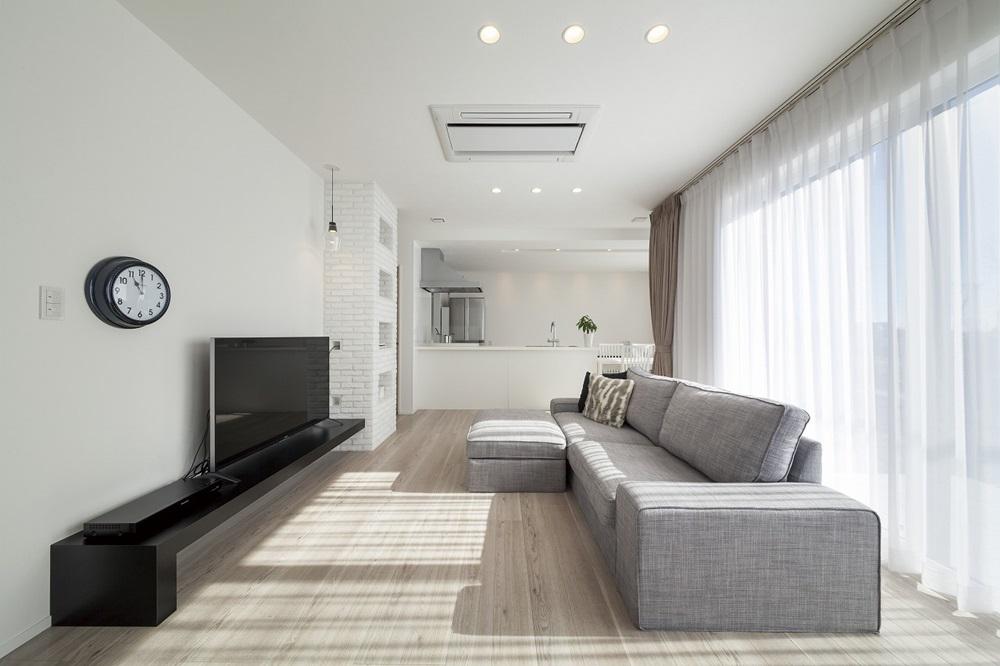 宇都宮市の建築実例_白い空間リビング