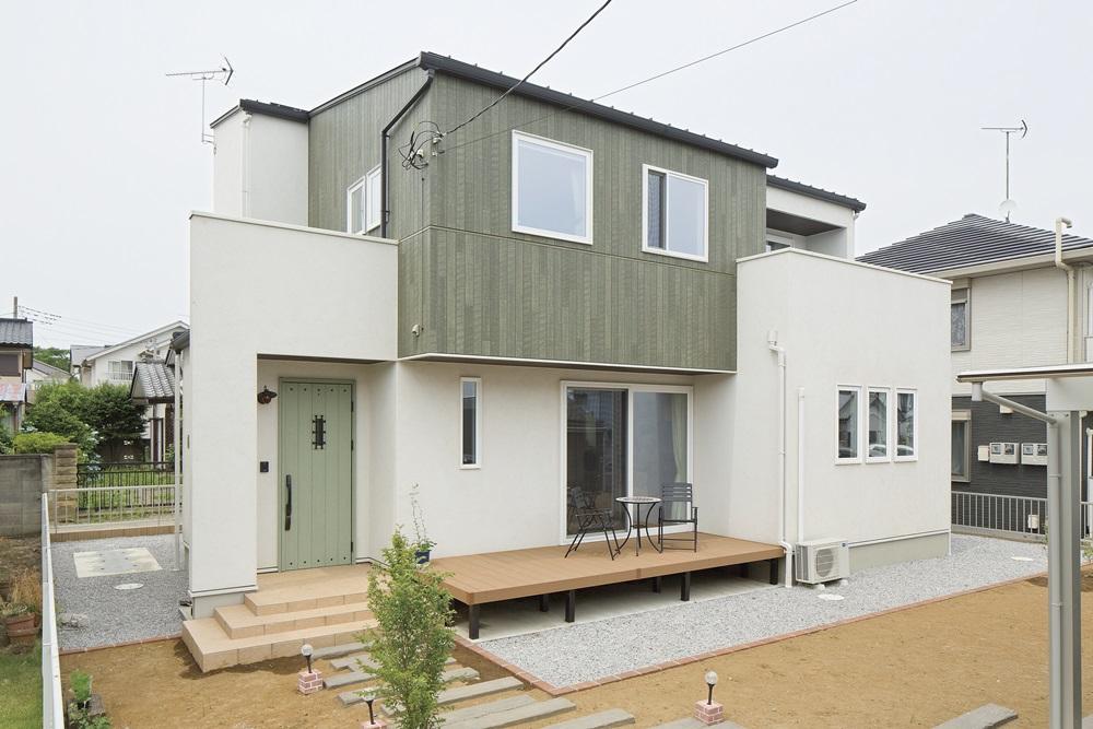 伊勢崎市の建築実例_外観は爽やかな印象のデザイン